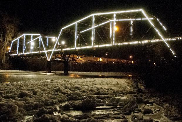 112014 bridge lighting 02 tb