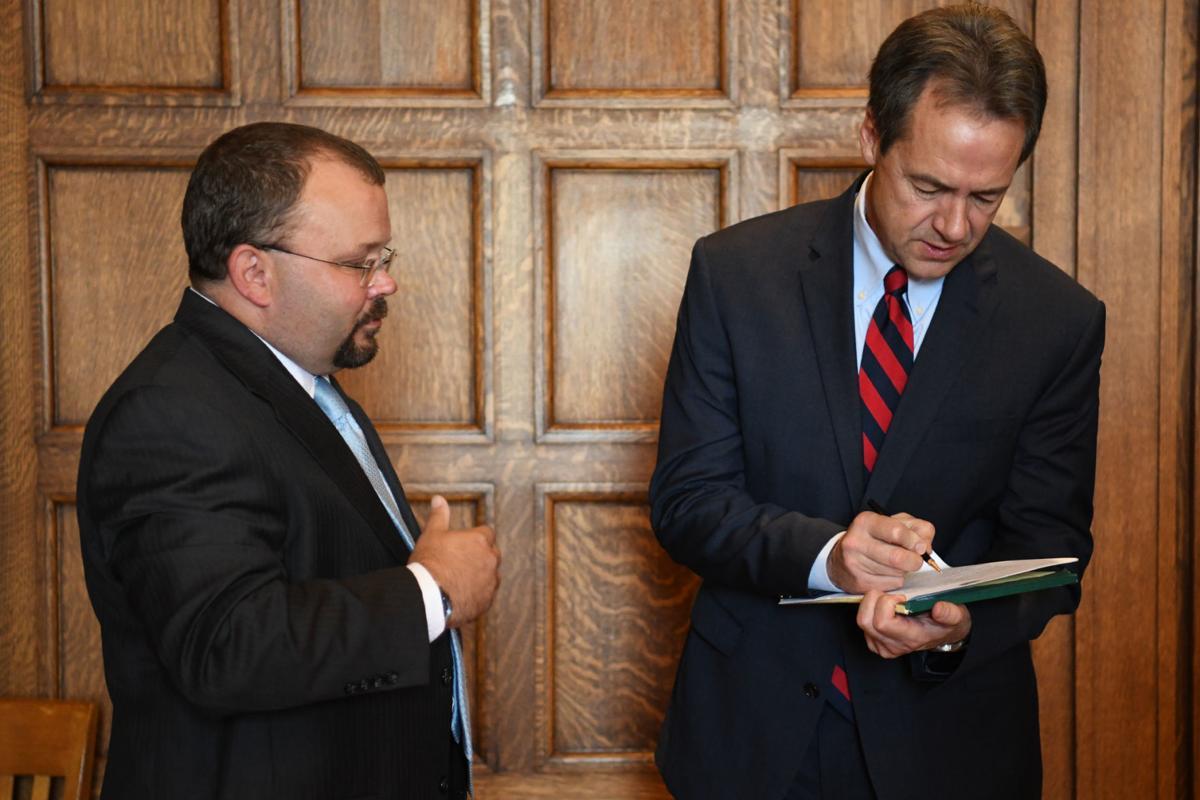 042619 bill signing-2-tm.jpg