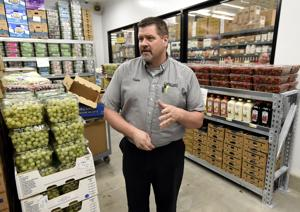 New bulk foods warehouse store holds grand opening on Brooks Street on Saturday