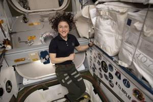 Record-setting Montana astronaut feels good after nearly a year in space