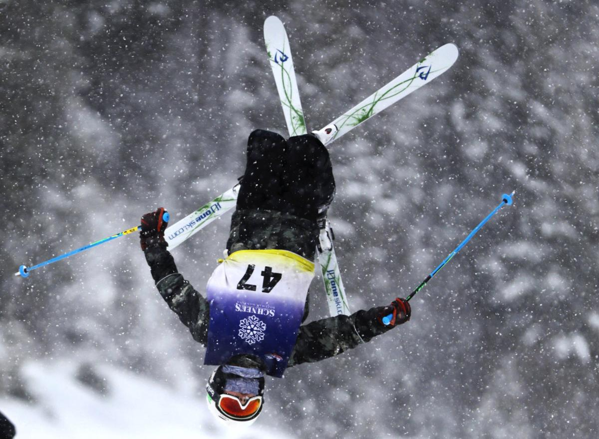 012119 Skiing 02 ps.JPG