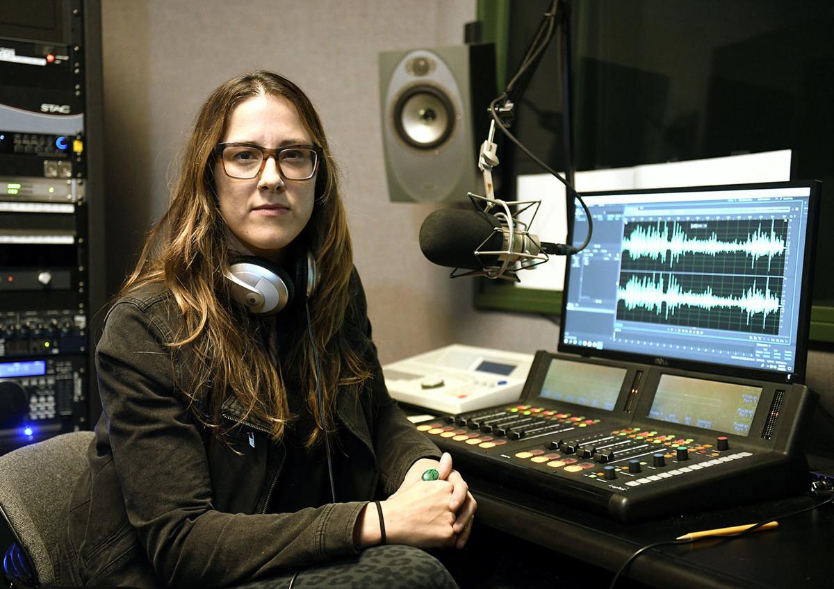 Bundyville: UM prof's podcast on armed standoffs has 1M listens 5d97dee5a17cf.image