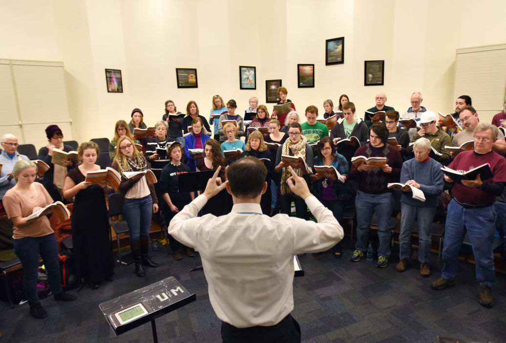 112915 Messiah Choir-1--tm.jpg