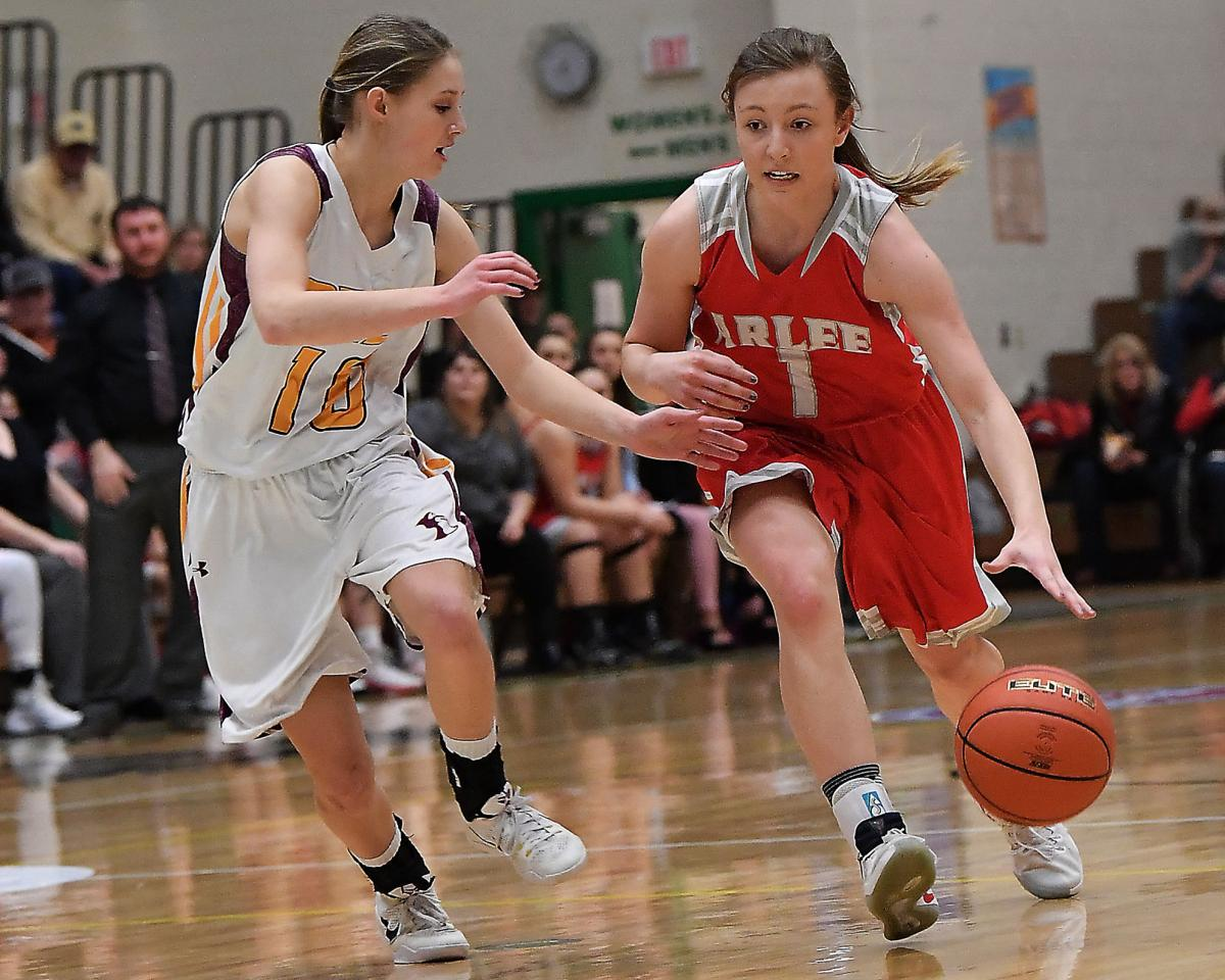 Arlee girls for Class C preview