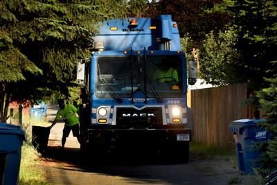 Garbage truck Republic Services