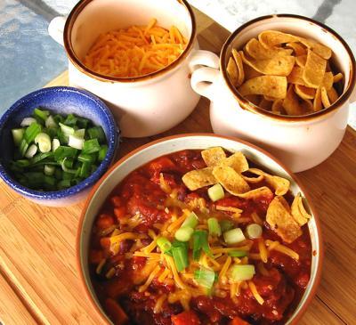 Sweet potato and black bean chipotle chili