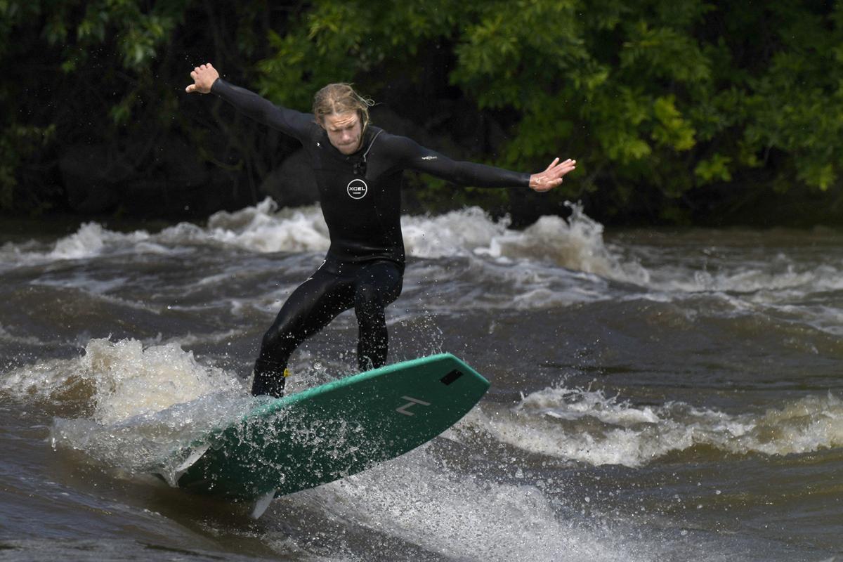Surf Montana-1