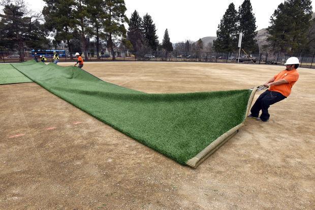 031315-mis-nws-softball-turf-01