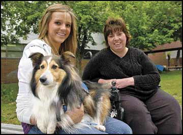 Care from a canine: Hellgate senior helps transform family pooch into therapy dog for project