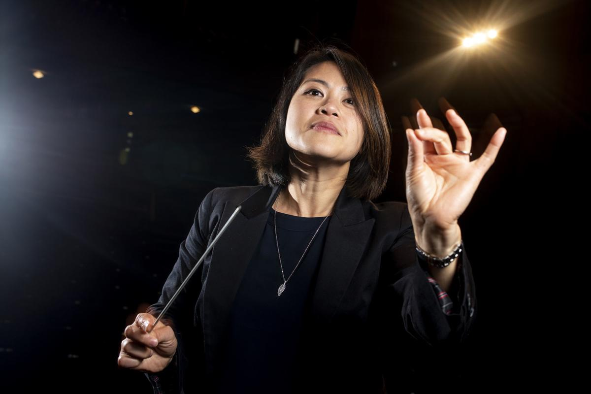 Entertainer: Julia Tai 01