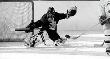 UM shoots, scores hockey affiliation