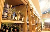 Krisco Liquor - Interior