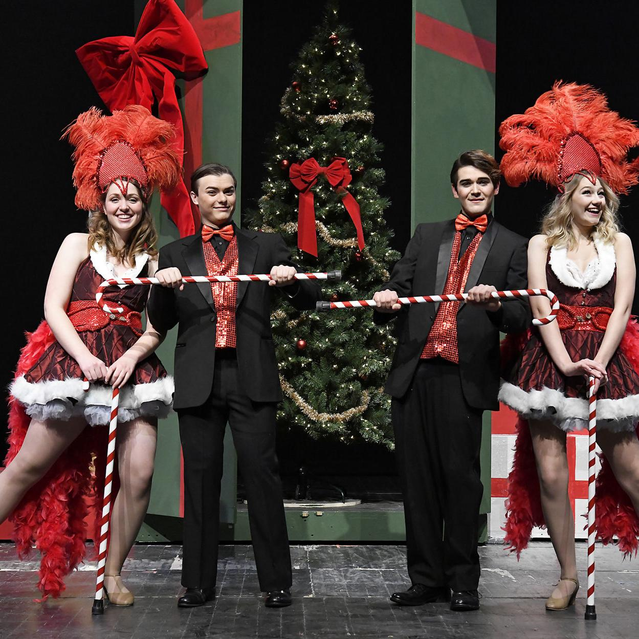 White Christmas Musical.White Christmas Holiday Musical Gives Um Students Triple