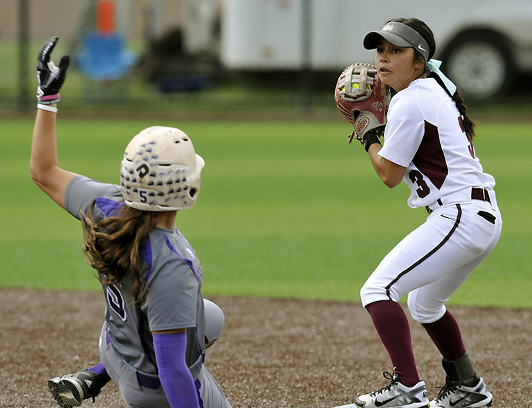 Cloudy Skies And Record Cold >> Photos: Montana vs Weber State Softball | Local | missoulian.com