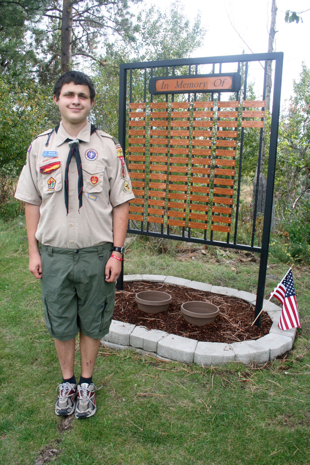 Potter's memorial: Scout erects sign for unmarked burial sites in Hamilton Cemetery