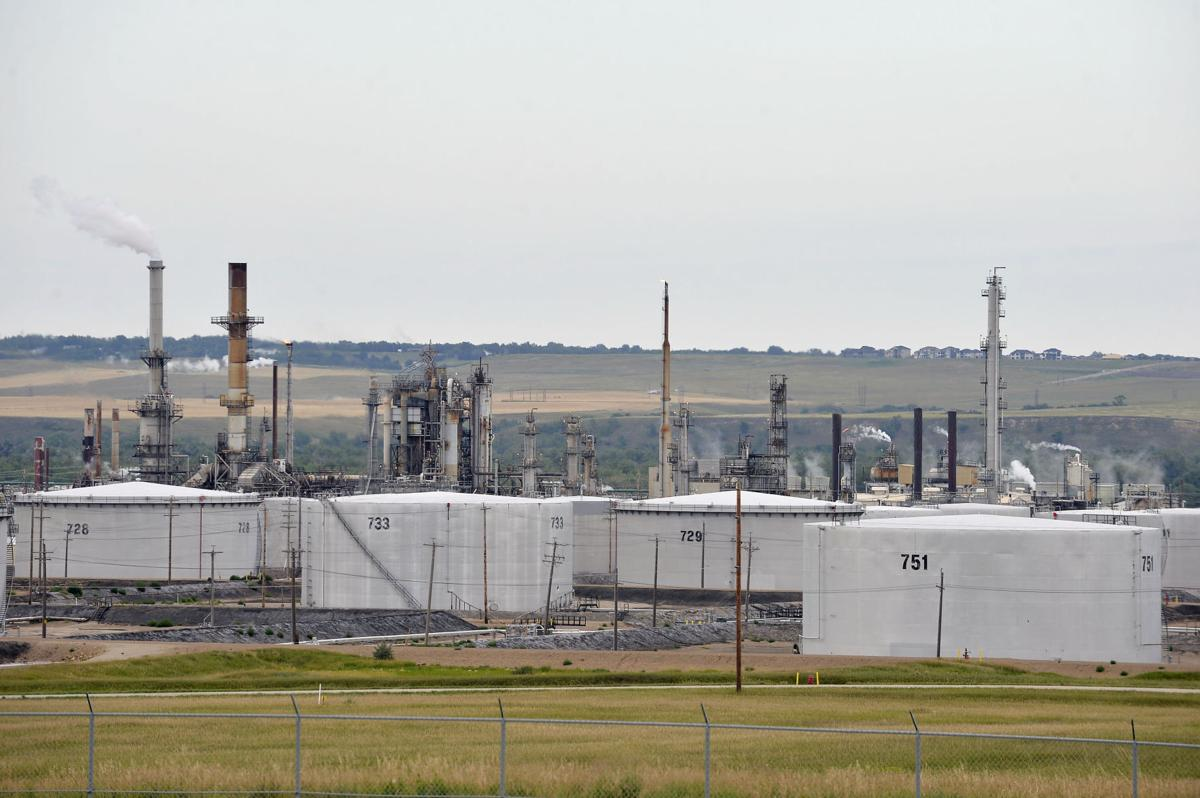 080120-nws-Refinery-02