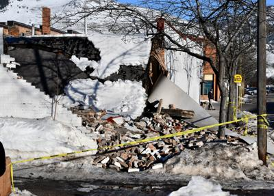 031219 building collapse kw.jpg