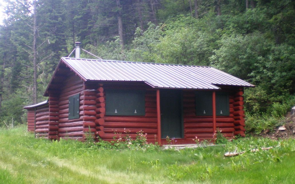 red for rentals lodge in montana cabins vacation cabin rent mt