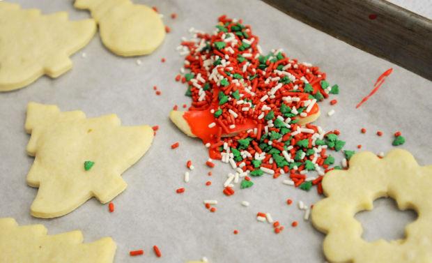 121614 xmas cookies10 mg.jpg