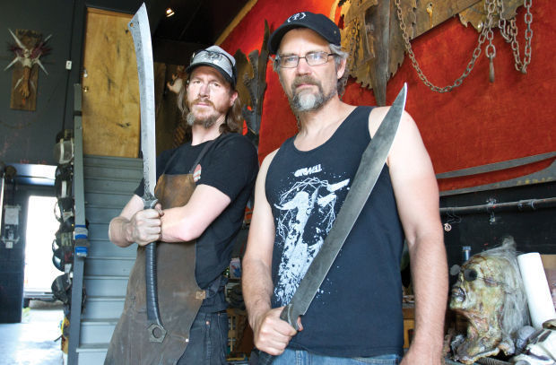 062714 zombie tools01 kjw
