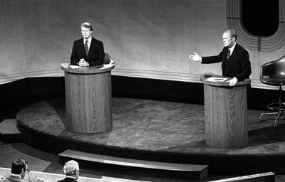 800px-Carter_and_Ford_in_a_debate,_September_23,_1976.jpg