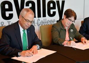 BridgeValley, Marshall to cooperate on degrees
