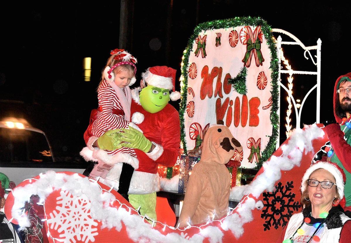 Montgomery Wv Christmas Parade 2020 Montgomery Christmas parade rolls through streets | News