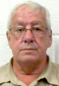 Oak Hill man charged with sexual abuse