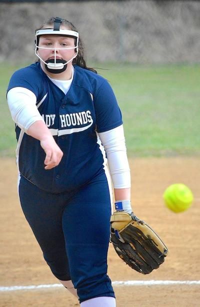 Cooper leads 'Hounds into tourney play