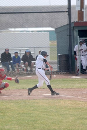 Top-ranked Indians lose to Central 10-5