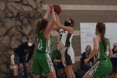 Olathe girls basketball 2021 Analise Marin