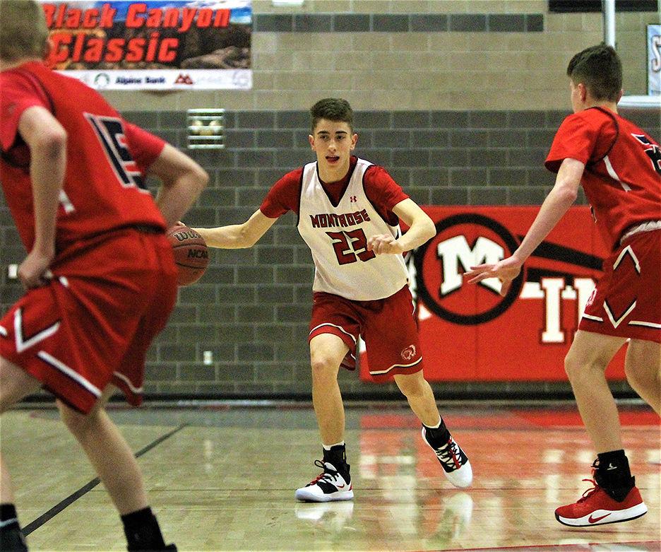 boys basketball Trey Reese