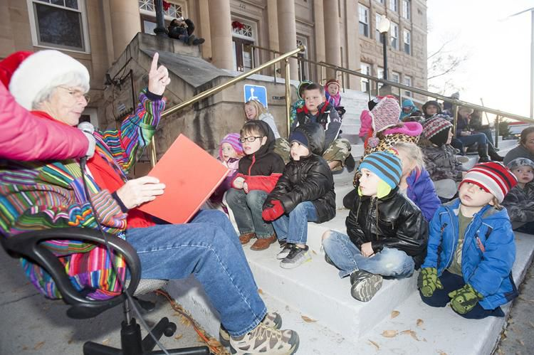 Carol McDermott reads the classic Christmas poem