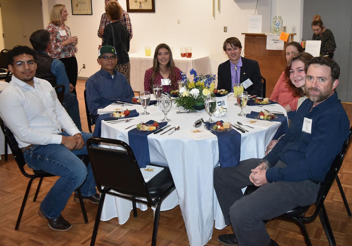 scholarship nick gray ag dinner