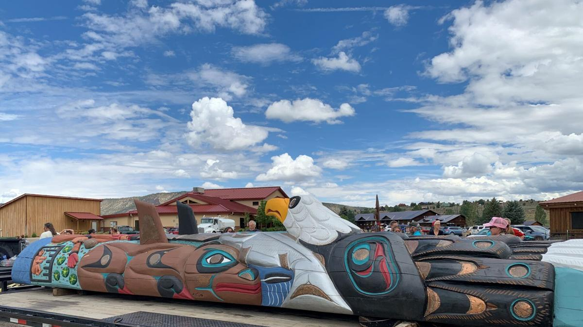 Totem pole in Ridgway 2