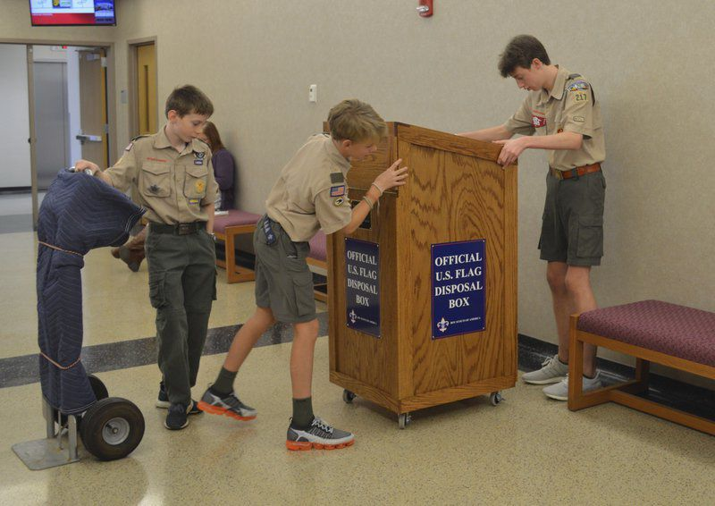 Eagle Scout donates location toplaceU.S. flags