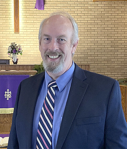 Bitter cold doesn't stop warm welcome for new pastor
