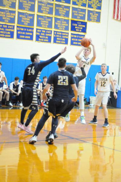 Waverly pulls away from S-VE