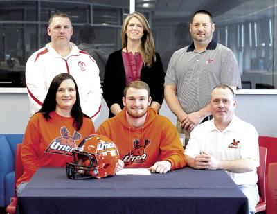 Waverly's Loper signs to be a Pioneer | Sports | morning-times com