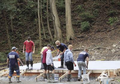 Waverly students start amphitheater construction