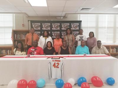Bolden signs with Lurleen B Wallace