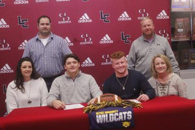 Johnson and Franks sign with Bethel