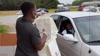 KFC donates to Moulton food pantry and soup kitchen