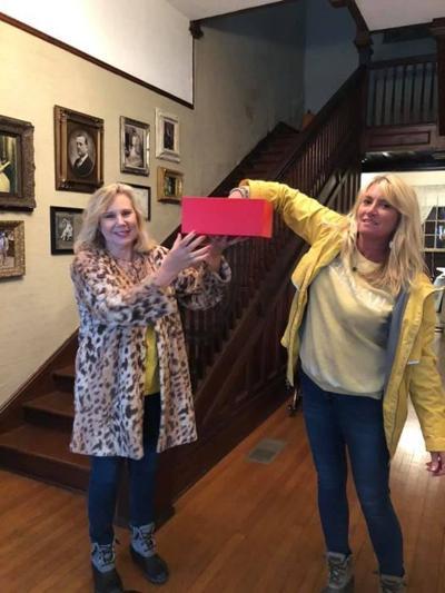 Jackson House hosts successful fall fundraiser, announces raffle winner