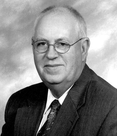 Former Commissioner Shankle dies at 73