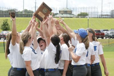 Something to Prove: Hatton is state bound after dominating performance at regionals