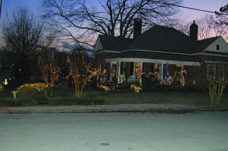 Christmas Lights around Lawrence County