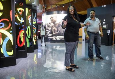 Jesse Owens' granddaughter visits museum
