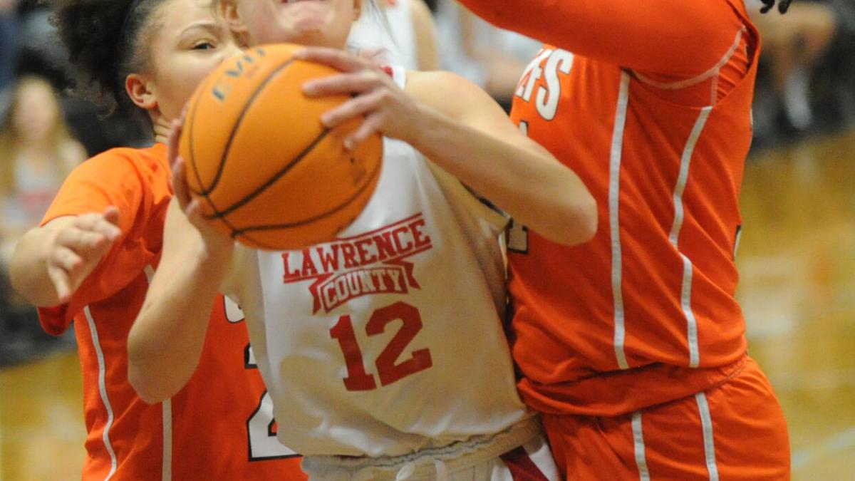Lawrence County downs Hubbard to advance to county finals
