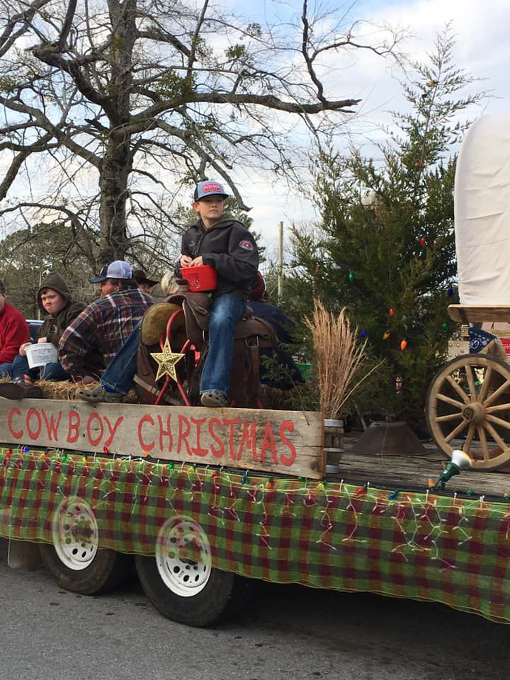Moulton Al Christmas Parade 2020 Hatton Christmas Parade honors local Brittany Parker | Local News